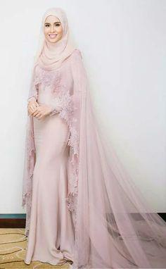 Light Pink Chiffon Muslim Mermaid Evening Dresses Dubai Long Sleeves with  Appliques Zipper Back Floor-Length Custom 2017 Women Party Gowns 63603511e67b
