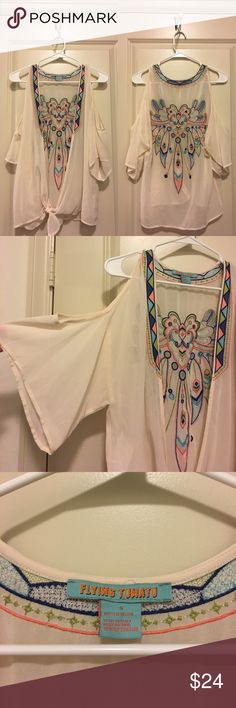 Flying Tomato Open Blouse W/ Embroidery Flying Tomato. Size Small. Gorgeous embroidery on back. Open front with tie. Have any questions? Ask away! Ships same day and next day! BUNDLE 2 items and save 25% off! No Trades Flying Tomato Tops Blouses