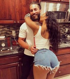 relationship goals,couples goals,marriage goals,get back together Cute Relationship Goals, Cute Relationships, Marriage Goals, Sexy Jeans, Sexy Shorts, Curvy Jeans, Interacial Couples, Style Feminin, Mixed Couples