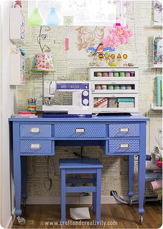 Very cute sewing space