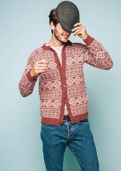Ravelry: Sunnfjord Men's Cardigan pattern by Sandnes Design Fair Isle Knitting Patterns, Knitting Machine Patterns, Knitting Stiches, Knitting Ideas, Norwegian Knitting, Ravelry, How To Purl Knit, Crochet Woman, Cardigan Pattern