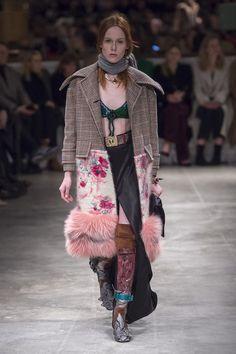 Prada Fashion show Details