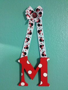 Minnie Mouse Hanging Letter.