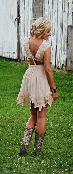75 Vintage Wedding Day Outfit with Country Boots https://fasbest.com/75-vintage-wedding-day-outfit-country-boots/