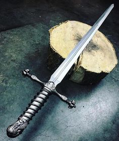 """5,656 Likes, 20 Comments - Knife Axe Blade Sword Knives (@knifeaxe) on Instagram: """"Sick! rate from 1 to 10   More flawless knives only in @knifeaxe  Come and see for yourself -…"""""""