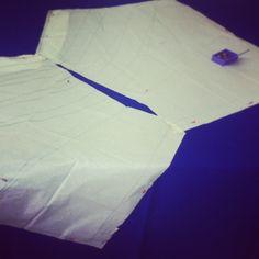 gonna drappeggiata asimmetrica FASE 4 - il taglio su tessuto