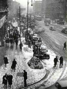 1947. Erzsébet körút Dohány utca sarok.