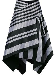 This black cotton striped skirt from Proenza Schouler is a dramatic yet dynamic design that can be incorporated into your workwear or evening outfit. This fla…Browse the superb asymmetrical skirts edit at Farfetch. Diy Fashion, Fashion Dresses, Womens Fashion, Fashion Design, Style Fashion, Skirt Pants, Dress Skirt, Skater Skirt, Flared Skirt