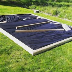 Odla i pallkrage Picnic Blanket, Outdoor Blanket, Green Garden, Outdoor Furniture, Outdoor Decor, Home Projects, Beach Mat, Landscape, Dorm