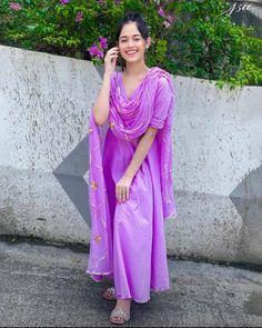 Girls Fashion Clothes, Girl Fashion, Fashion Outfits, Woman Clothing, Fashion Models, Stylish Girl Images, Stylish Girl Pic, Dress Indian Style, Indian Outfits