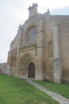 Publicamos  la Colegiata de Nuestra Señora del Manzano.  #historia #turismo  http://www.rutasconhistoria.es/loc/colegiata-de-nuestra-senora-del-manzano
