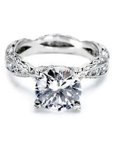 Dream band for an engagement ring!