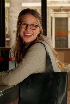 Kara Danvers / Supergirl wearing Fossil Sydney Shopper Shoulder Bag, L.A. Eyeworks Dap Frames in Tortoise