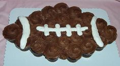 Football Cupcake -- yes sir! I can see this in the next five years! :) : Football Cupcake -- yes sir! I can see this in the next five years! Pull Apart Cupcake Cake, Pull Apart Cake, Cakepops, Football Cupcake Cakes, Yummy Treats, Sweet Treats, Cute Cupcakes, Cupcake Recipes, Cupcake Ideas