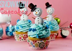 Snowman Christmas Cupcakes - adorable and so easy!