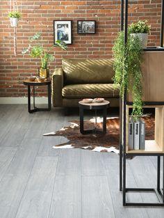 Student Room, Hygge Home, Black Furniture, Outdoor Furniture Sets, Outdoor Decor, Scandinavian Interior, Home Living Room, Interior Inspiration, Decoration