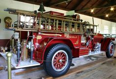 1921 American LaFrance Fire Truck ...  =====>Information=====> https://www.pinterest.com/joemcdonagh16/antique-fire-pumpers/
