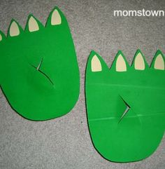 How to Make Dragon or Dinosaur Feet from Cardboard Boxes | momstown National