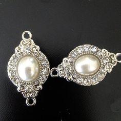 Beautiful Pearl and Crystal Gauges Plugs Earrings #BestofEtsy #plugs