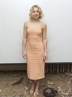 Skintone: Kate Hudson looked stylish in a nude dress and rose gold Sophia Webster heels at Tuesday's photocall for Kung Fu Panda 3 in Los Angeles Kate Hudson, Kung Fu Panda, Daily Mail Celebrity, Celebrity Style, Nude Dress, Effortless Chic, Girl Model, Beautiful Celebrities, Celebs