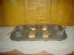 Primitive Vintage Muffin Pan * Candles * Fixins * Homespun * EB 295 #NaivePrimitive #myself