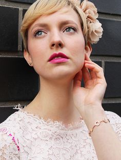 Der pinke Beautylook zum Frühling - so schminkst du ihn nach! #pink #mac #lipstick #beauty #makeup #foundation #spring #fresh #lips #eyes #eyeshadow #look #wedding #romantic #eyebrows #amu #mua #augen #lippen #schminken