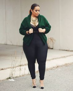 How to style a crop cardigan   For more style inspiration visit 40plusstyle.com