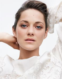 Marion Cotillard, photographed by Thomas Whiteside for ELLE, Nov 2013.