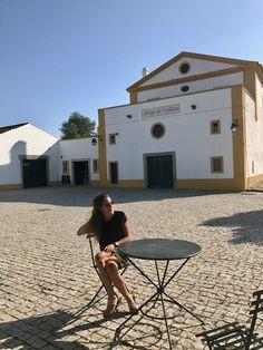 Alentejo, Portugal - Dicas de Viagem: Évora, Hotéis, Herdades e Restaurantes Portugal, Homesteads, Travel Tips, Walkway, City, Restaurants