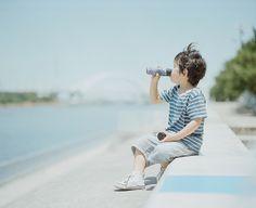 'the boy of summer' by Hideaki Hamada Japanese Photography, Summer Photography, Dark Photography, Pretty Photos, Love Photos, Kind Photo, Kodak Portra, Portra 400, Asian Kids
