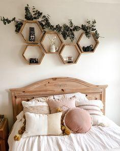 Cute Bedroom Decor, Room Ideas Bedroom, Small Room Bedroom, Teen Bedroom Decorations, Master Bedroom, Boho Bed Room, Ideas For Bedrooms, Cool Bedroom Ideas, Small Teen Room