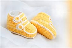 Baby booties crochet pattern  HK9 by HoneyKids on Etsy, $2.00