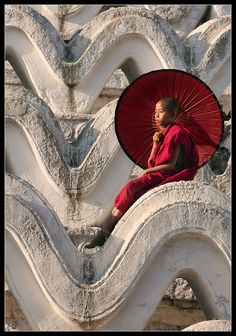 Young boy Monk sit on a big piece of a temple to Myanmar Burma Myanmar, Myanmar Travel, Little Buddha, Red Umbrella, Buddhist Monk, World Cultures, People Around The World, Belle Photo, Beautiful World