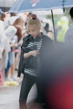 STC's BOUTIQUE :: [15.07.24] 태연 뮤직뱅크 출근길 직찍 by STC