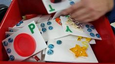 Found this on the National Organization of Parents of Blind Children (NOPBC) group. Use real objects to create your own print/braille flash cards!