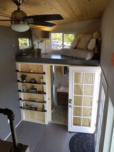 Settling in a tiny house is more than just a trend it's a lifestyle choice that people all over the country are happily taking up. Creating a tiny house interior design… Continue Reading → Tiny House Plans, Tiny House On Wheels, Tiny House Storage, Tiny House Living, Living Room, Two Bedroom Tiny House, Bedroom Small, Tiny House Design, Design Case