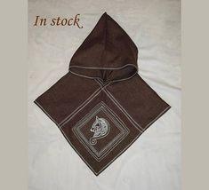 #Viking #hood #Embroidered #wolf #Medieval #Scandinavian #LARP #reenactment #clothing #costume #Norse #Pagan #Celtic #garb  #Vikinghood #Embroideredwolf  #Medievalhood #VikingWolf #vikingreenactment #Vikingclothing #vikingcostume #Paganclothing #Vikinggarb
