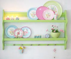 colourful kitchen shelves styling <3