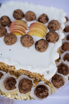 Groom's cake - spice cake with scotch truffles and fresh peaches.
