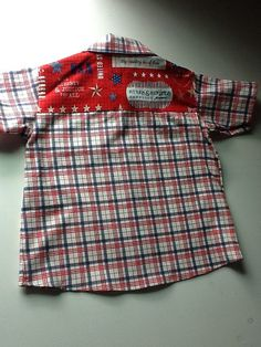 Maxwell shirt pattern from Shwin Designs, fabric Stars & Stripes @ Riley Blake