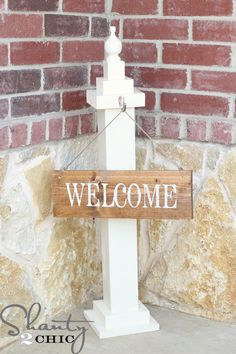 Quick tutorial to make a welcome sign from scraps. They use only ONE screw and the rest Gorilla Glue, but I'm thinking I'd be using a little more permanent fixtures... but that's my $.02 Otherwise - nifty little instructible!