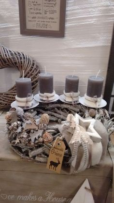 Not that color candles though Christmas Advent Wreath, Silver Christmas Decorations, Xmas Wreaths, Christmas Candles, Rustic Christmas, Christmas Home, Advent Wreaths, Mery Crismas, Advent Candles