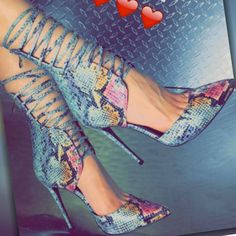 Nelly Bernal Strappy Lace Up Pointed Toe Heels Giovanni