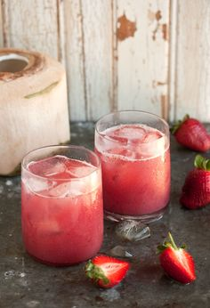 Strawberries & coconut water - #mocktail