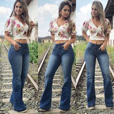 La imagen puede contener: 3 personas, personas de pie, calzado y exterior Cute N Country, Country Girls, Thing 1, Bell Bottom Pants, Boutique, Business Women, Women's Fashion, My Style, Outfits