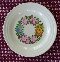 Check out this item in my Etsy shop https://www.etsy.com/listing/247140258/vintage-china-bread-plate-in-the