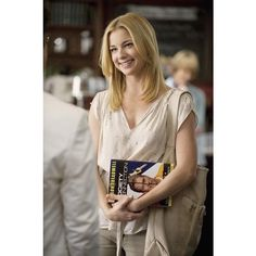 Emily VanCamp ❤ liked on Polyvore featuring revenge and emily vancamp