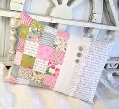 Carried Away Quilting Patchwork pillow tutorial Patchwork Cushion, Quilted Pillow, Patchwork Baby, Pillow Cover Design, Decorative Pillow Covers, Decorative Trim, Pillowcase Pattern, Quilt Pattern, Pillow Tutorial