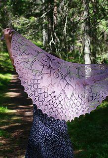 Flower Princess shawl by Aet Terasmaa.