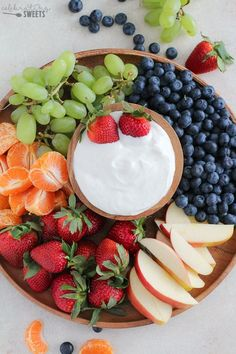 Cream Cheese Fruit Dip – Light and creamy honey vanilla fruit dip. An easy Cream Cheese Fruit Dip – Light and creamy honey vanilla fruit dip. An easy recipe that everyone loves! Healthy Protein Snacks, Healthy Fruits, Vanilla Fruit, Vanilla Cream, Cream Cheese Fruit Dip, Cream Cheeses, Party Food Platters, Fruit Platters, 4 Ingredient Recipes